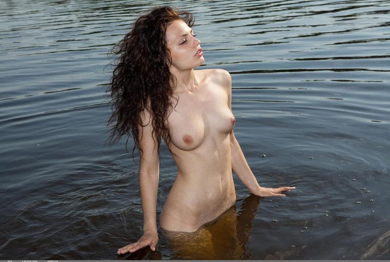 Teen nudity in the warm lake-11