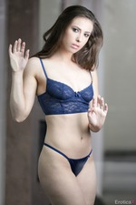 Beautiful Casey Calvert Takes Off Her Lingerie-03