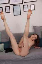 Lovely Naked Laure Lynn-11