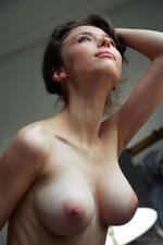 Busty Mila Looks Damn Sexy-04