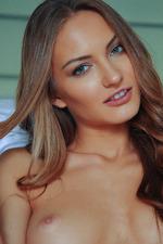 Stunning Naked Jolie-06