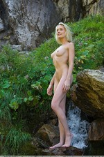 Naked outdoor erotica by femjoy.com-04
