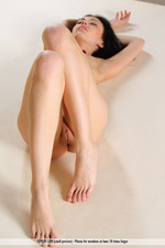 Naked Black Haired Girl Joanna-13