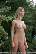 Busty Carisha Is Nude In The Forest-00