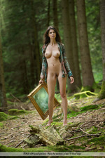 Busty Jasmine Posing Nude In The Forest-02