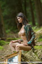 Busty Jasmine Posing Nude In The Forest-03
