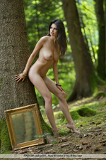 Busty Jasmine Posing Nude In The Forest-07