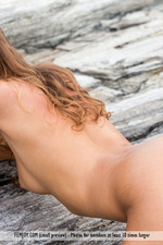 Naked Sexy Clover Posing By The Sea-12