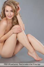 Lovely Naked Angel-11