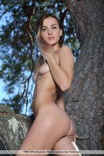 Benita Gets Naked Outdoors-08