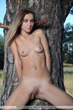Benita Gets Naked Outdoors-14