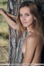 Benita Gets Naked Outdoors-15