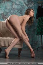 Sweet Naked Dara-15