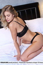 Sweet Candy Shows Her Big Boobs-00