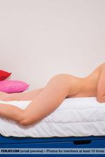 Davina's Upskirt Pics-09
