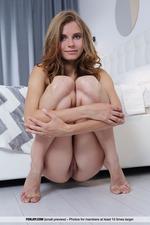 Hot Yuki Gets Naked-09
