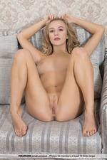 Beautiful Naked Vika-08