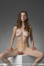 Busty Mariposa Is Nude In The Studio-14