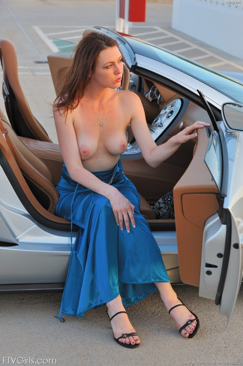 naked girls and fast cars - free chatting dating site!