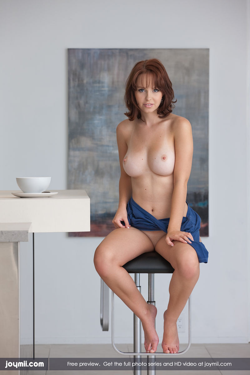 Hayden Winters Femjoy Cheap hayden winters posing naked in the kitchen - free gallery
