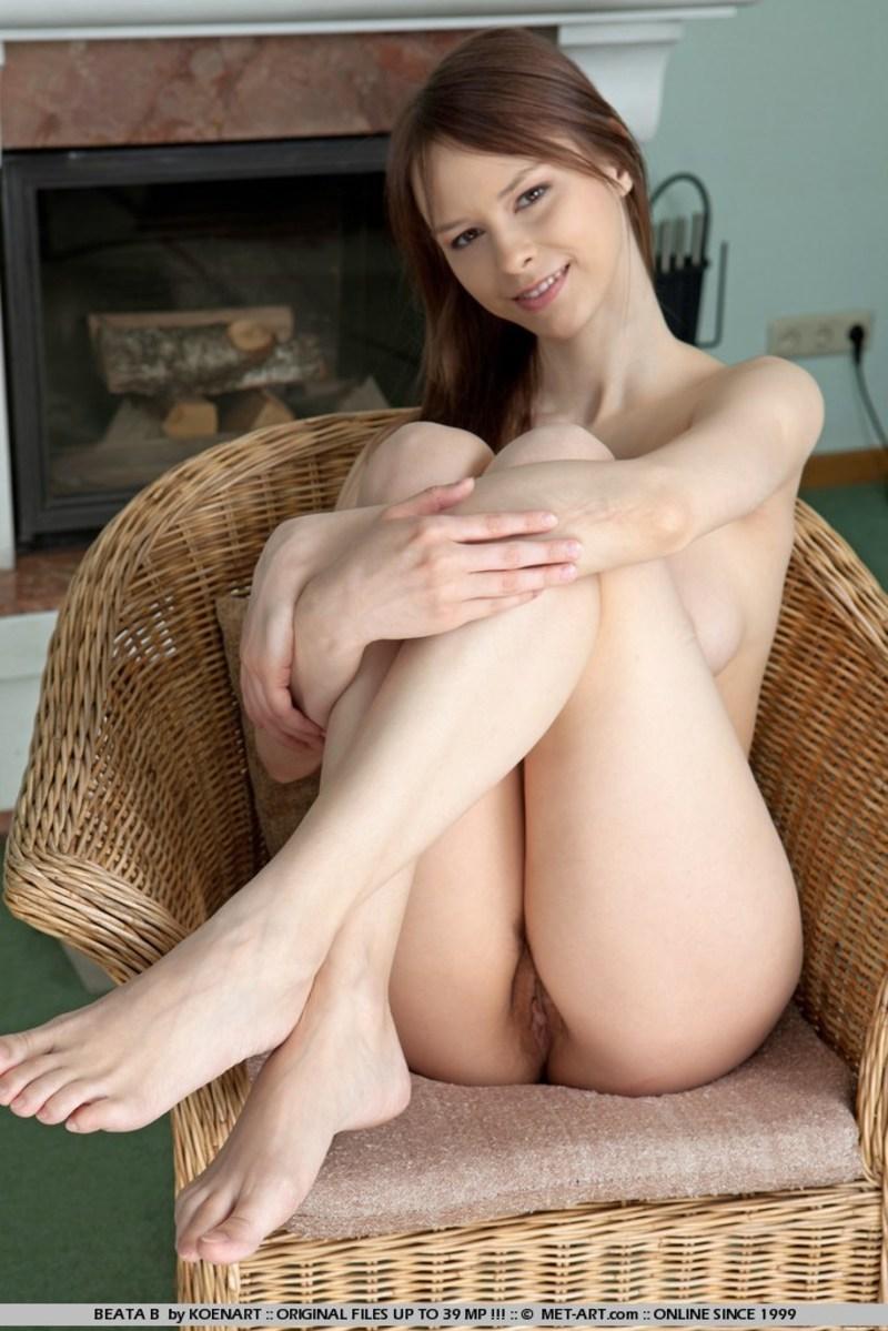 lara cute порно фото