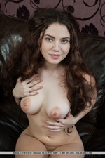 Naked Curly Norma-08