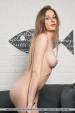 Sweet Naked Amelia Gin-08