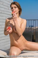 Busty Jelena-02