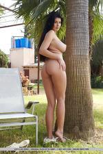 Lucy Li Enjoys Shows Her Huge Boobs-01