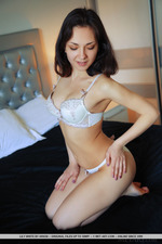 Lily White Is Naked In The Bedroom-07
