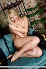 Busty Blonde Candice Lauren-12