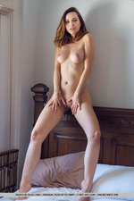 Hot Nasita Gets Naked-17