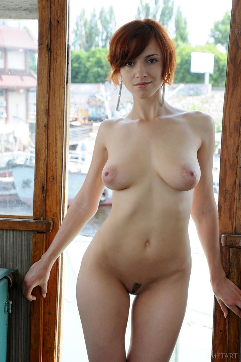 gorgeous busty redhead nude - xxx pics
