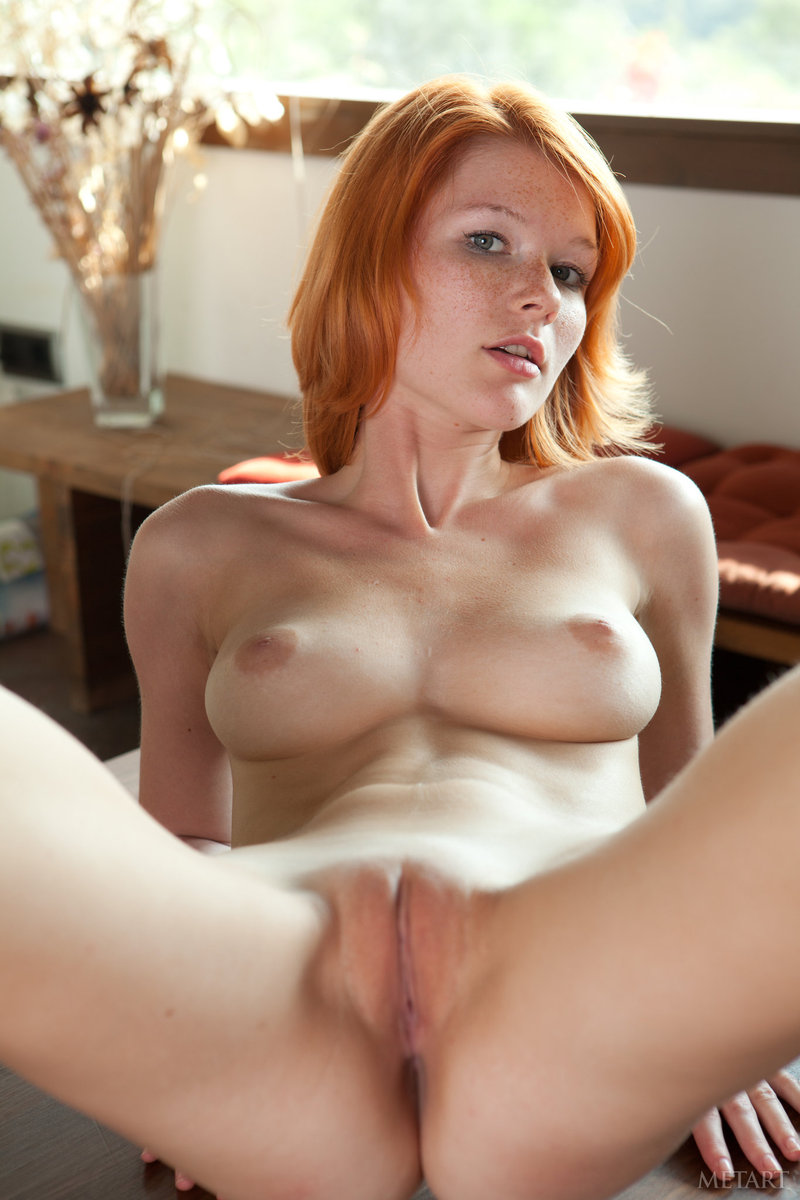Hot Wet Amateur Naked Redhead