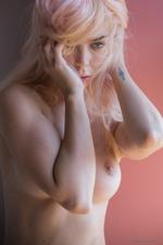 Sexy Blonde Uma-17