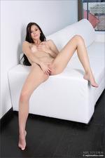 Naked Cute Vanessa-10