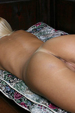 Teen petite blonde babe has shaven pussy and round ass-10