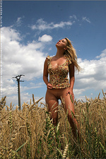 Nudity In The Cornfield-02