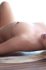 Kyndra takes off her sexy bikini-18