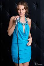 Nikia Singing A Song-15
