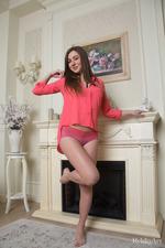 Beautiful Yamina Shows Her Hot Naked Body-12