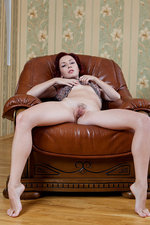 Redhead hotty playing with her pussy-08