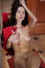 Dita Fingering Her Sweet Pussy-10