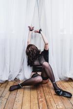 Kinky Busty Girl Selena-03