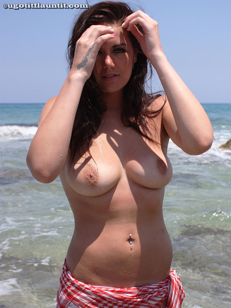 Natural big boobs by the sea-07