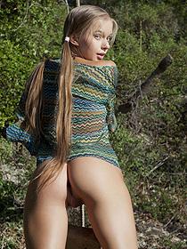 Sweet Blonde Milena