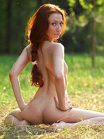 Skinny Redhead Teen Posing Outdoor
