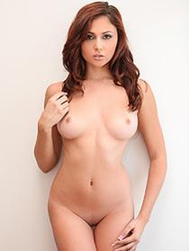 Ariana Marie Gets Nude