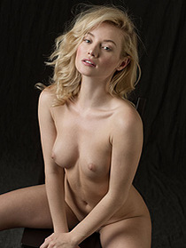 Naked Art Of Erotica With Gabi