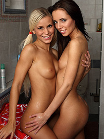 Lesbian Sweethearts